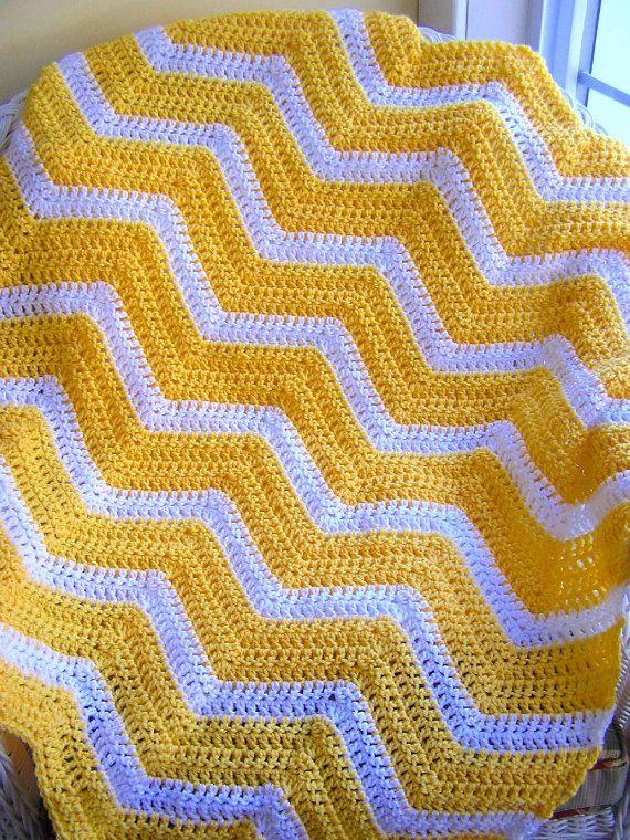 chevron zig zag baby blanket afghan wrap crochet knit lap robe wheelchair ripple stripes lion brand VANNA WHITE yarn yellow made in the USA