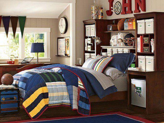 amenagement-chambre-ado-garçon-tête-lit-rangement-boîtes-lambris-mural-beige-literie-patchwork