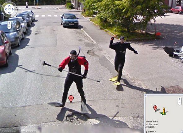 11 best The 25 Most WTF Moments Captured On Google Street View