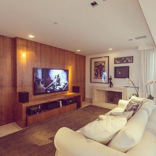 10 best images about sala de tv pequena on pinterest for Salas pequenas para casas pequenas