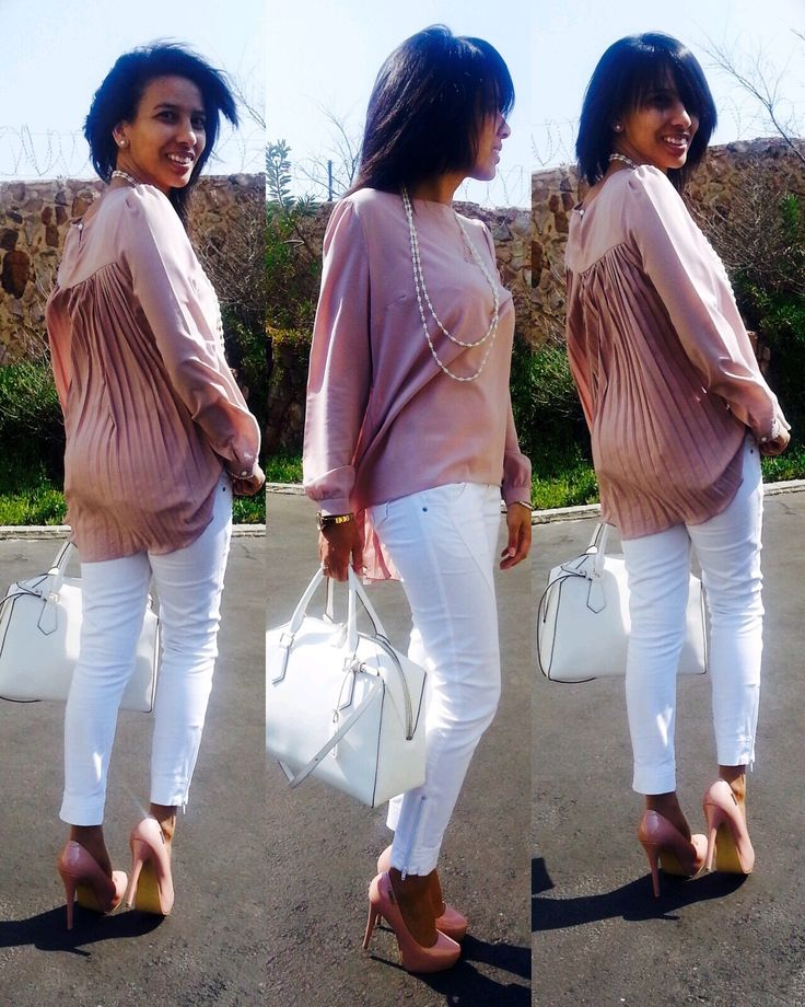 Look in my closet! Sunday afternoon vibes #LauréEleganze #White #NudePink #Heels