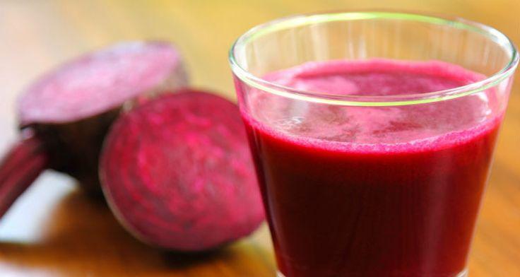 Afvallen op een gezonde manier? Dat kan met smoothies! We hebben hier vijf voordelen en zes heerlijke recepten op een rijtje gezet om je te helpen.