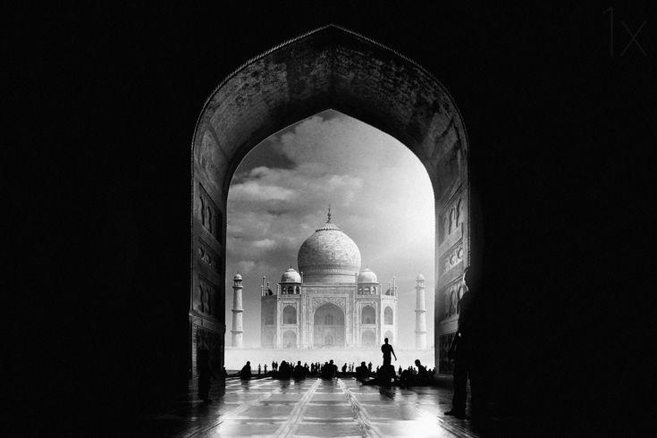 1X - Taj Mahal by Hussain buhligaha