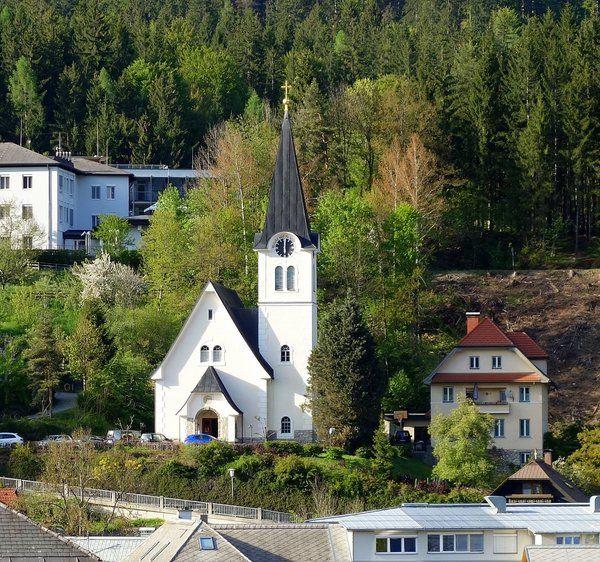 Hermagor-Pressegger See - Hermagor, Evan.Pfarrkirche A.B. (Schneerosenkirche)