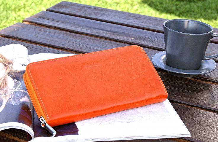 Pomarańczowy portfel
