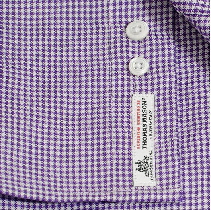 Spunnet i 100% ekstra -lange egyptiske bomullsfiber. Stoffet fra legendariske Thomas Mason kjennetegnes ved at det er silkemykt, skinnende og naturlig strykelett. #menswear #menswear_no #mensfashion   #menswear_no #mensfashion #oslo #hegdehaugsveien #bogstadveien #tjuvholmen #style #bomull #skjorte #cotton #thomasmason #madeinitaly #lysaker #jobb #fest #viero #slips #suitup #shirt