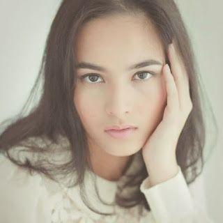 Biografi Chelsea Islan Si Cantik Pintar Akting - ProfilPedia.com