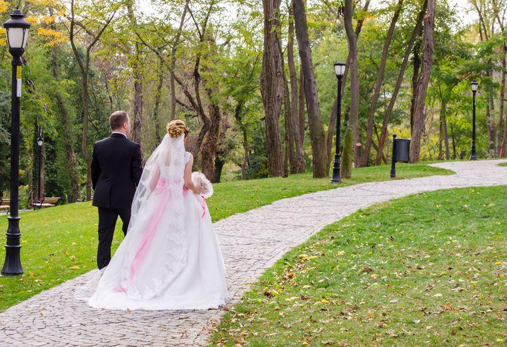 Düğün fotoğrafçılığı hakkında detaylı bilgi almak için sayfamızı inceleyebilirsiniz.