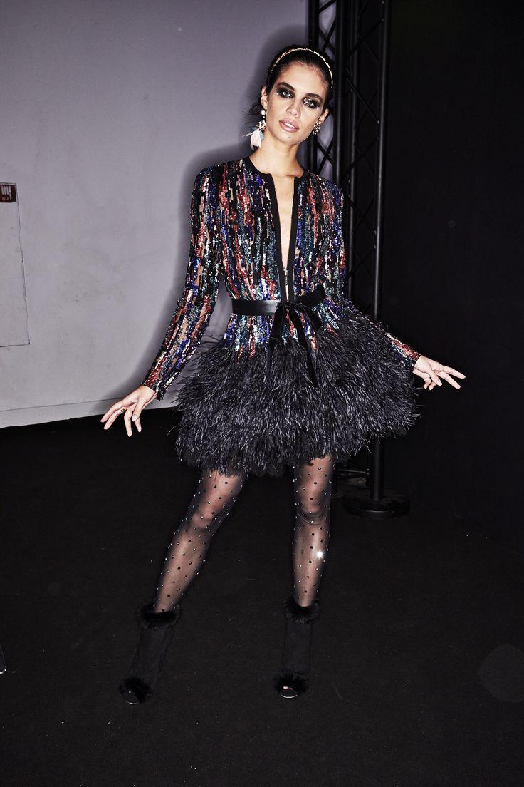 http://www.sonnyphotos.com/2017/03/elie-saab-aw1718-fashion-show-paris-backstage