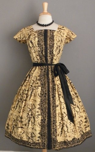 Vintage 1950's Batik Full Skirted Dress