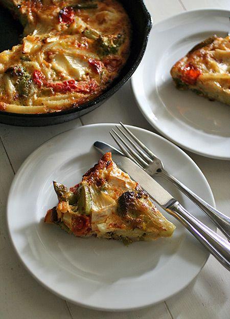 「春の具だくさん野菜オムレツ」:ヒグッチーニ連載:メンズキッチンへようこそ Higucciniの週末もてなしランチ:レシピブログ