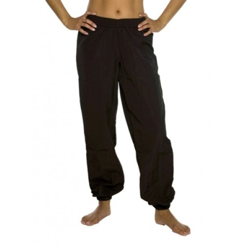 Le Papillon Sweat pant PA3060  Le Papillon Sweat pant.  Material : Nylon  Colour : Black  Price: 31.00€