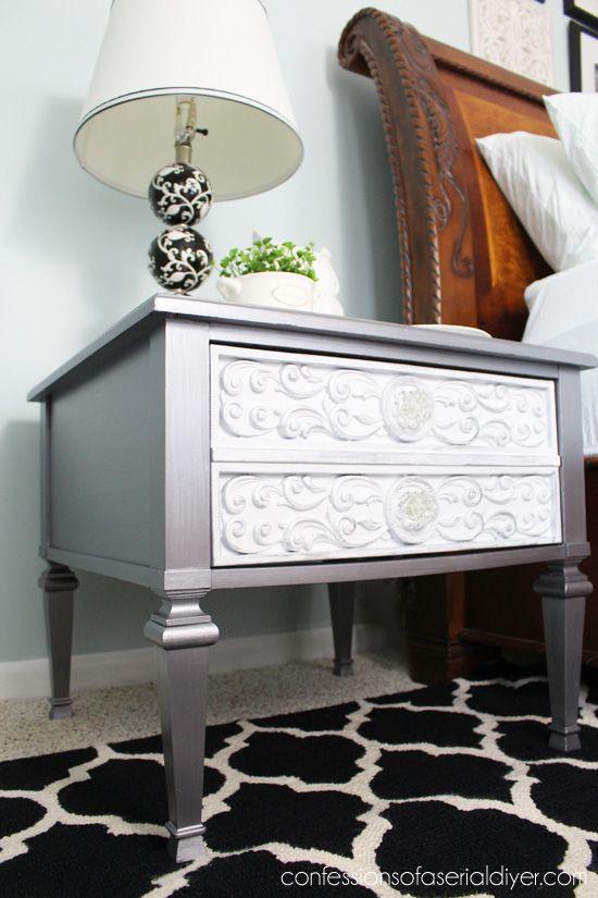 tienda de segunda mano tirar consigue un cambio de imagen del glam con foliación plata y pintura metalizada.