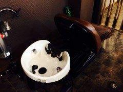福岡市中央区今泉の美容室 Cheri  シェリの岩井です  今日はジメジメ天気で最悪の雨梅雨は嫌いです(ω)(ω)ネー  ところで普段の頭皮ケアはどうしていますか 通常の自分で行うシャンプーでは取れない頭皮の汚れワックスの洗い残しなど気付かない間に毛穴に汚れが蓄積されてしまします 汚れの蓄積は頭皮へのダメージも増加させ白髪への促進などにも繋がってきます 炭酸ヘッドスパを使用することでカラー/パーマ持ちトリートメント相乗効果抜け毛/白髪予防エイジングケアホワイトニング効果etc..などを実感いただけます  福岡市中央区今泉の美容室 Cheri  シェリでは 炭酸泉ヘッドスパをご体感いただきたく新規ご来店のお客様に限定キャンペーンとして 炭酸泉ヘッドスパ体験クーポンを新設定いたしました   通常5000円(税別)をナント体験価格の3000円(税別)でご提供いたします    炭酸泉ヘッドスパ体験クーポン30分程度 炭酸泉専用シャンプー 頭皮マッサージ 炭酸泉ヘッドスパ  炭酸発生装置ヘッドスパ詳細説明URLhttp://ift.tt/1YjcktX…