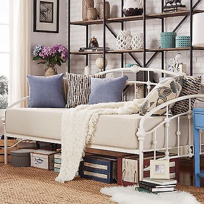 Antique White Victorian Iron Metal Day Bed Frame Twin Size French Furniture