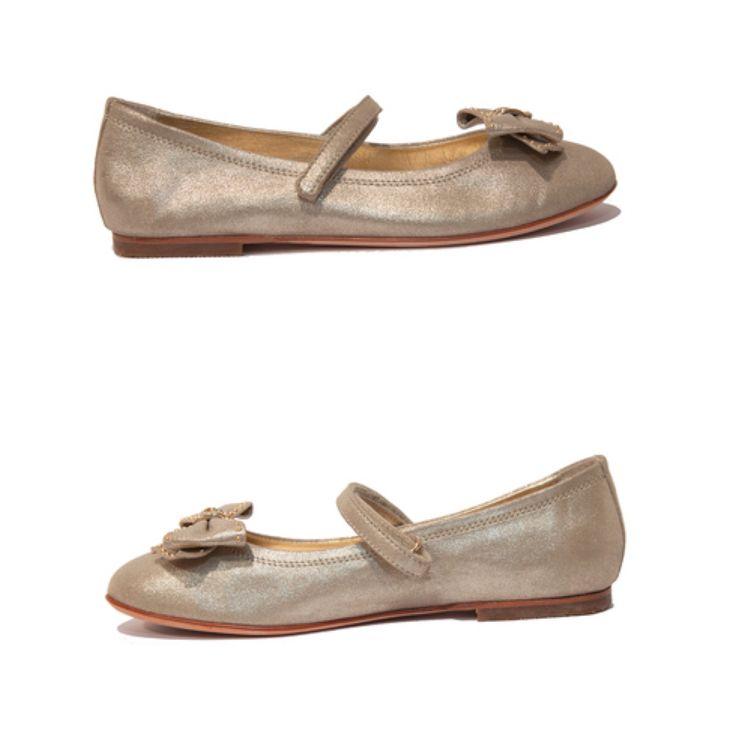 Miss Blumarene children shoes Art. 9029  Size 33, 34, 35 www.fiera-italia.com.    Praha, Vaclavske namesti 28.    Pasáž U STÝBLU.   Fiera Italia.    Shoes boutique.