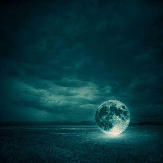 Moon Landing #fullmoon #Amazing