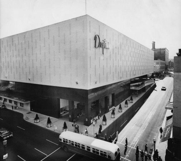 St. Paul (Minnesota) Dayton's Retail arch. Victor Gruen 1963