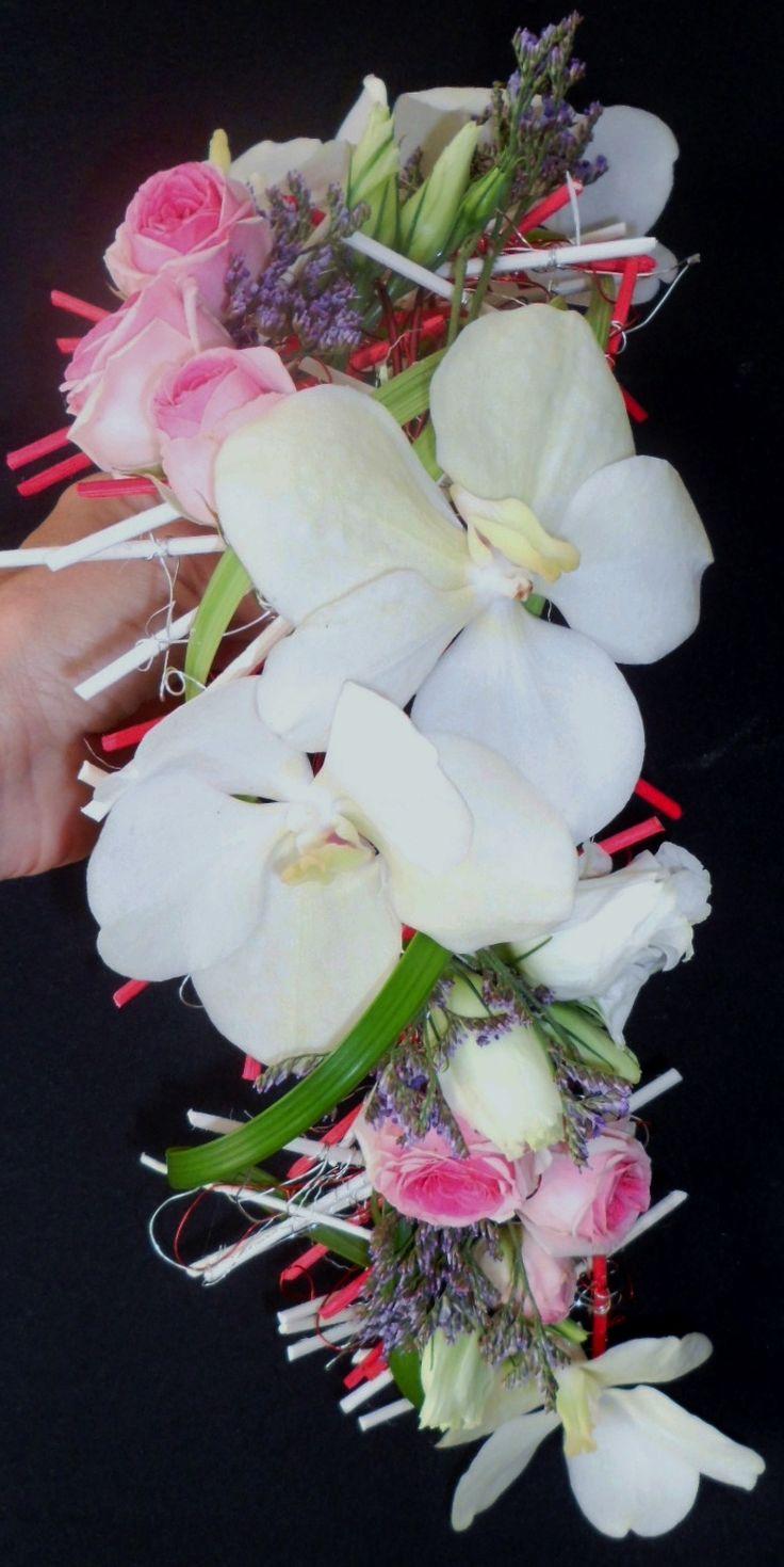 bouquet de mariee sur structure mikado  photo 2