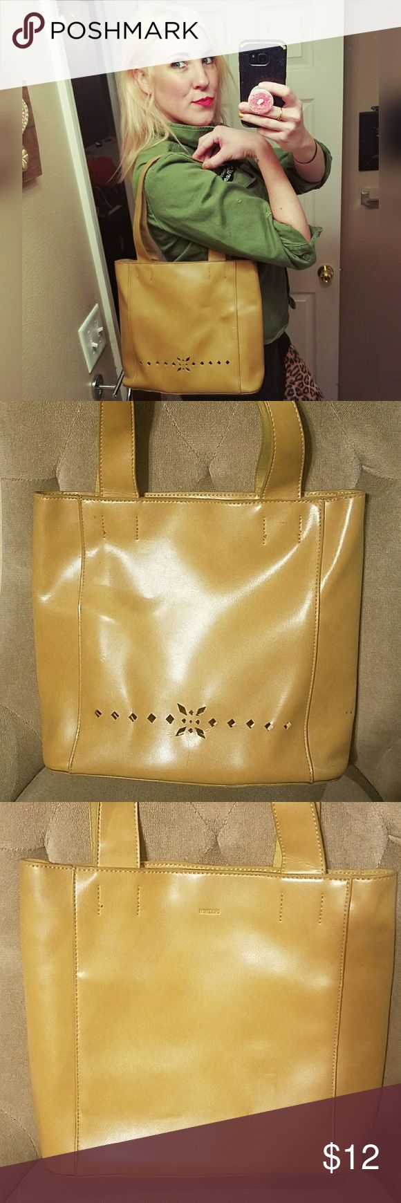 """Cute, MONDANI handbag!! No tags for material. Feels like faux leather. Zipper closure. Inside slide and zipper pocket. A few marks and scuffs. Haven't tried to clean.  13"""" wide. 10.5"""" tall. 10"""" handle drop. Mondani Bags"""