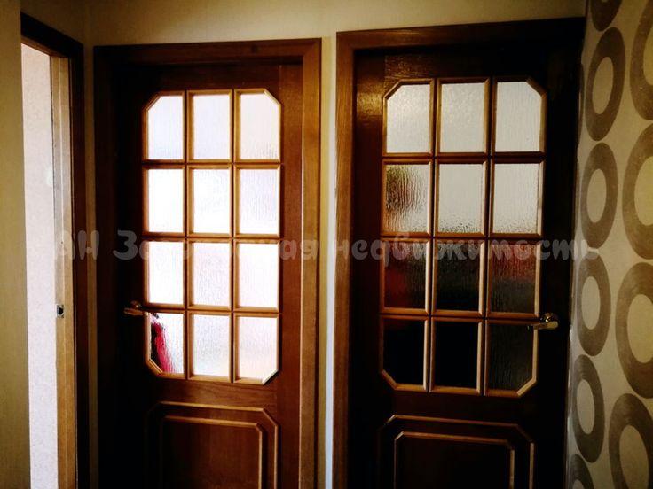 846. Просторная уютная квартира в пригороде п. Приамурский    Предлагаем к продаже 2-комнатную квартиру на 4 этаже 5-этажного дома в п.Приамурский. Центр поселка, чистый ухоженный двор, асфальтированная дорога до самого дома. В шаговой доступности продуктовые и промышленные магазины, детский сад, школа, поликлиника. Отличная транспортная доступность до Хабаровска, туда и обратно курсируют автобусы, маршрутные такси, электрички. Общая площадь квартиры 46 кв.м. Комнаты раздельные, окна…