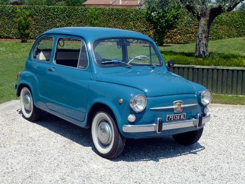 Fiat 600 AZUL
