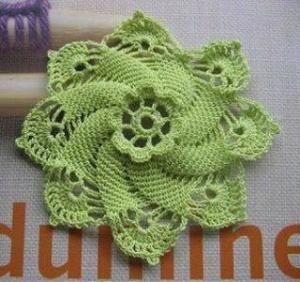 Crochet flower with diagram by zimiykiska