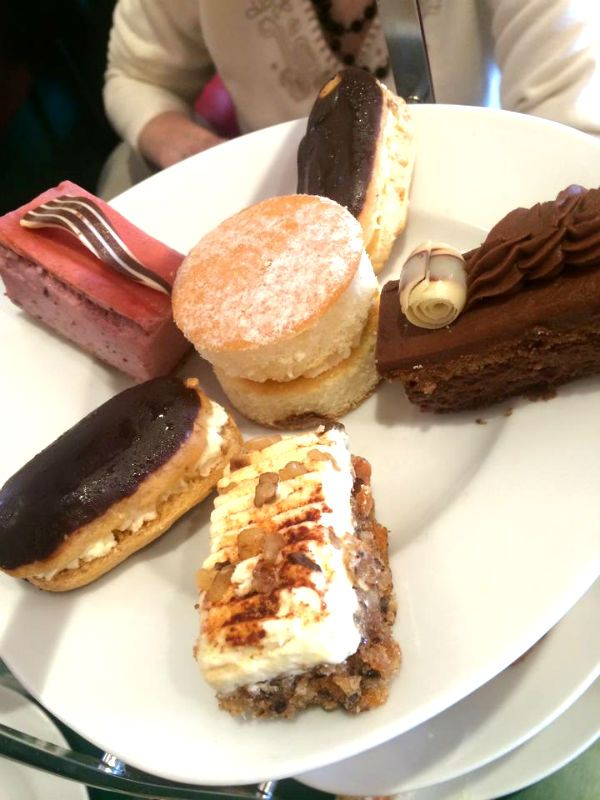 Afternoon Tea At Patisserie Valerie #eastbourne #patisserievalerie #afternoontea
