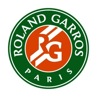Roland Garros - And we're off again! Let's hope Roger will win this time!