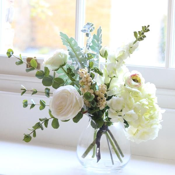 Artificial Flowers Luxury Faux Silk Snowberry Bliss Small Bouquet With Vase Lifelike Realistic Faux Flowers Buy Online From Amaranthine Flowers Uk Faux Flowers