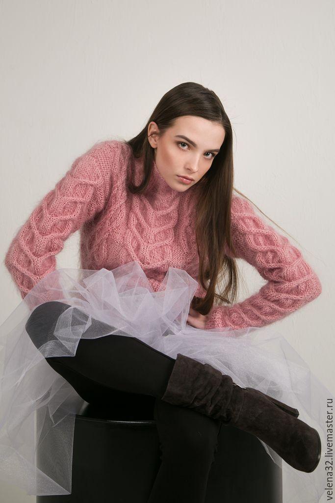 """Купить Свитер """"Нежность"""" с аранскими узорами - бледно-розовый, однотонный, пудровый, розовый, свитер"""