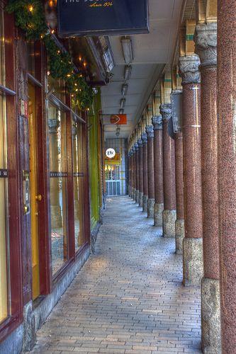 Pilaren Brugstraat Groningen
