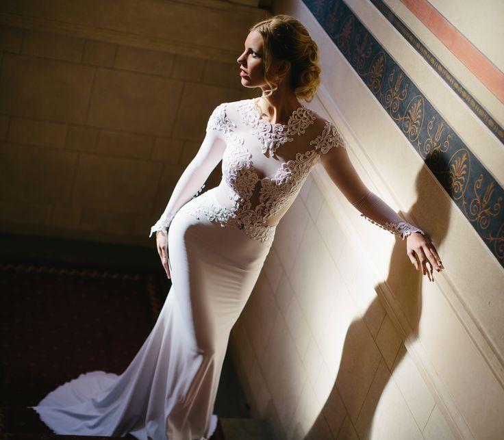 Dokonalé krajkové svatební šaty značky IvaDias. Свадебные платья IvaDias