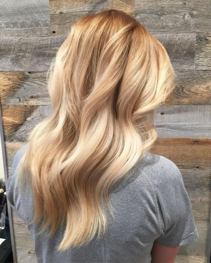 Light Blonde Hair With Roots
