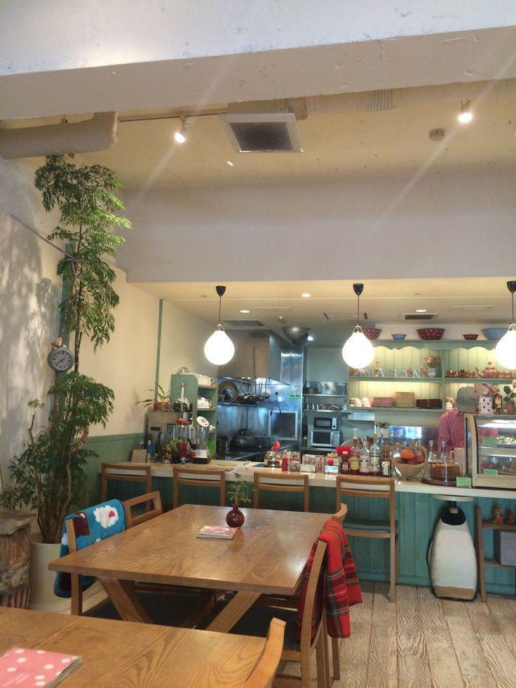 店内の雰囲気!名古屋大須でおしゃれなカフェ Sweets&cafe maman ママン