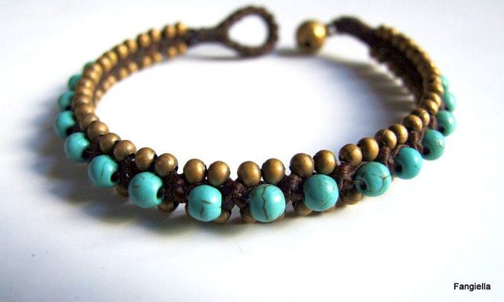 Bracelet Turquoise pierre semi-précieuse sur coton ciré brun