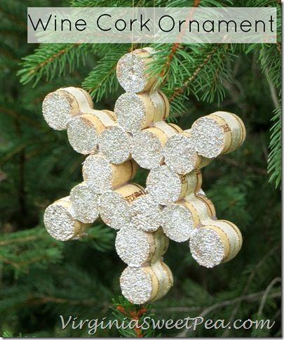 Wine Cork Christmas Ornament by VirginiaSweetPea.com  #easyholidayideas