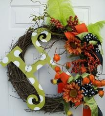 Would love to make a wreath for each season to hang outside on our front door.