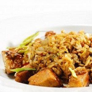 Жареный тайский рис с курицей рецепт – основные блюда. «Афиша-Еда»