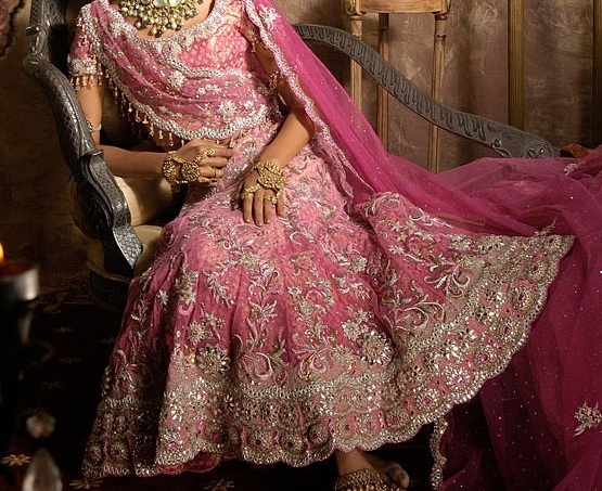 Indian Fashion and Style: Vivid contemporary bridal look