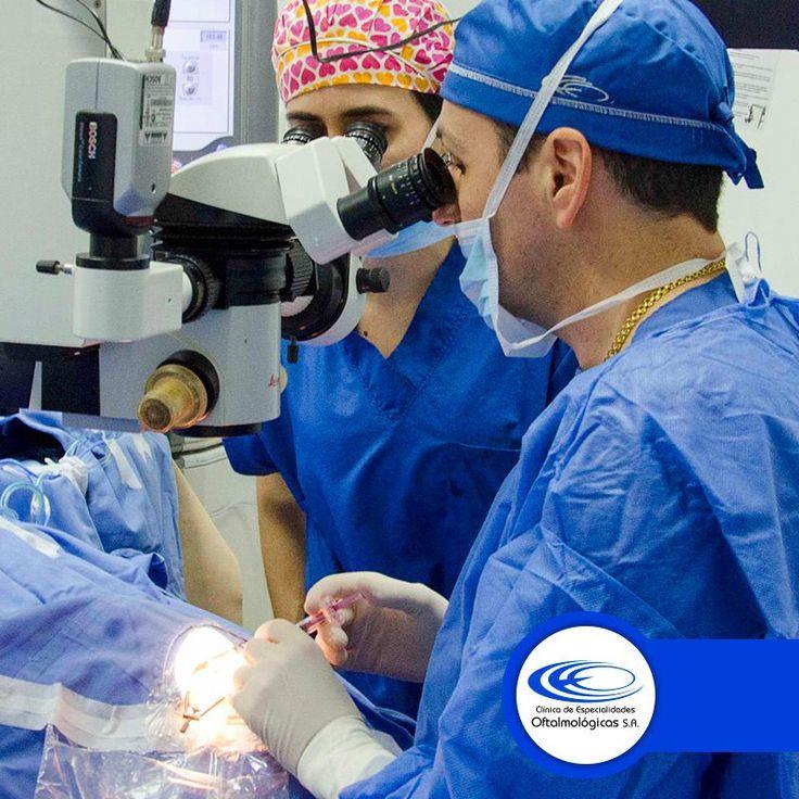 La cirugía refractiva es el corregimiento visual de los defectos refractivos como: miopía, hipermetropía, astigmatismo y presbicia. En #ClínicaCeo lo hacemos posible ¡Llámanos! 448 0408