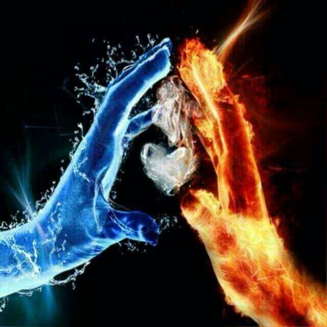 انت وانا نار وماء حين إلتقاء اطفئك تبخريني فتتغير العناصر ويستحيل اللقاء Types Of Dragons Fire And Ice Art