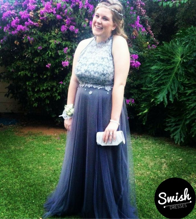 Keagan in her bespoke Swish Matric dance dress featuring a structured bodice and a silver guipure daisy lace