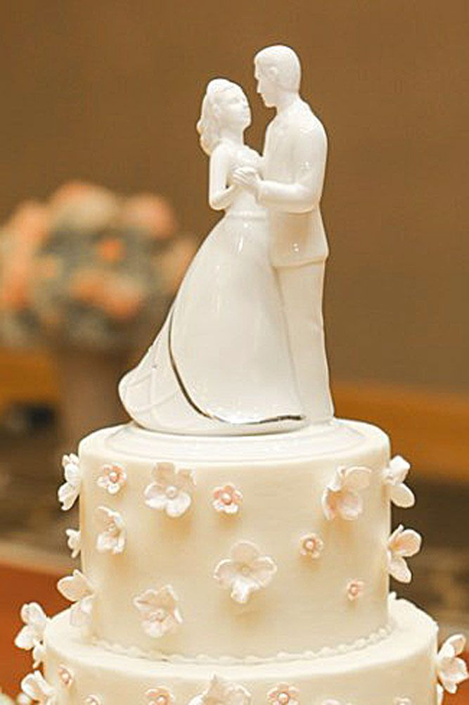 romantic wedding cake toppers 376 best wedding cakes images on cakes 19257