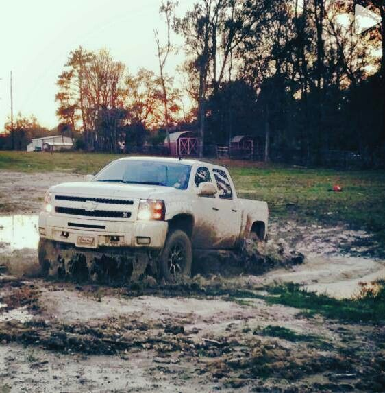 Mudding like a boss with Chevy!