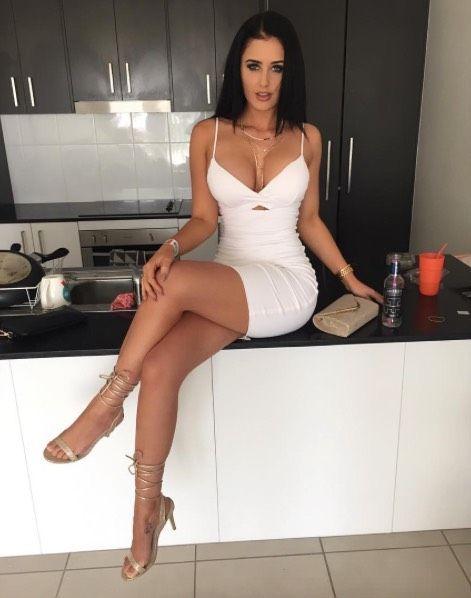 Share Dresses and pantyhose pics