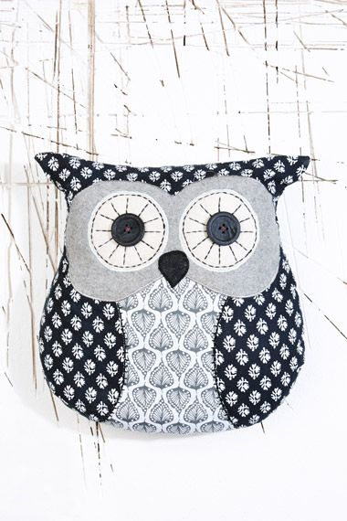 Coussin hibou Chester chez Urban Outfitters
