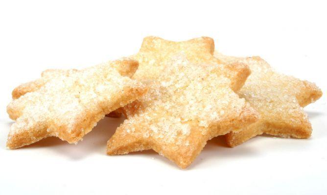Receta de Galletas de Navidad  -  CHF  EVA ARGUIÑANO.- http://www.hogarmania.com/cocina/recetas/postres/201311/galletas-navidad-22197.html