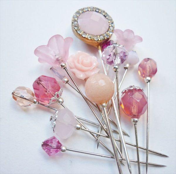 hijab pin-scarf pin-hat Pin-stick pin-handmade hijab pins-hijab safety pins (1). http://www.hijab-styles.com/hijab-pins/how-to-make-handmade-hijab-pins/