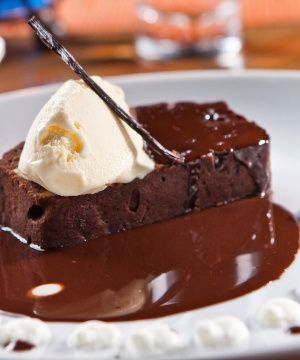 Brownie de Chocolate com Gelado de Baunilha